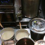 麺創研 紅 BLACK スープ鍋